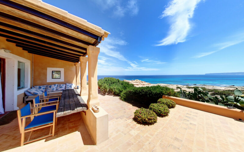 Villas for sale formentera
